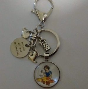 Accessories - Disney Snow White Keychain/Purse Dangle